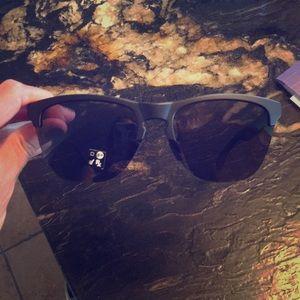 Matte Black Oakley frogskins lite sunglasses